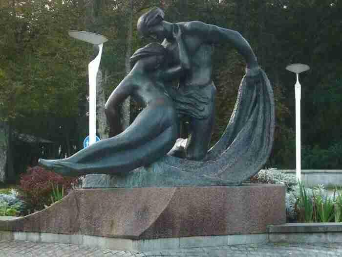 scultura di Jurate e Kastytis